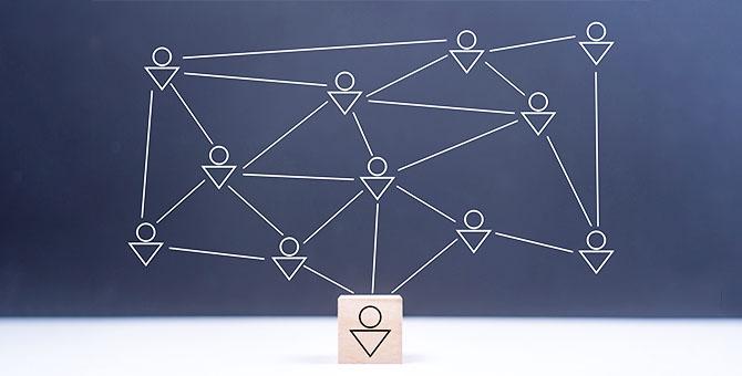 コミュニティで多くの人と繋がるイメージ